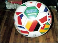 _44079966_football203.jpg