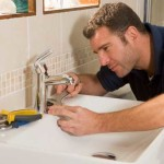 When To Solve Your Plumbing Issues On Your Own